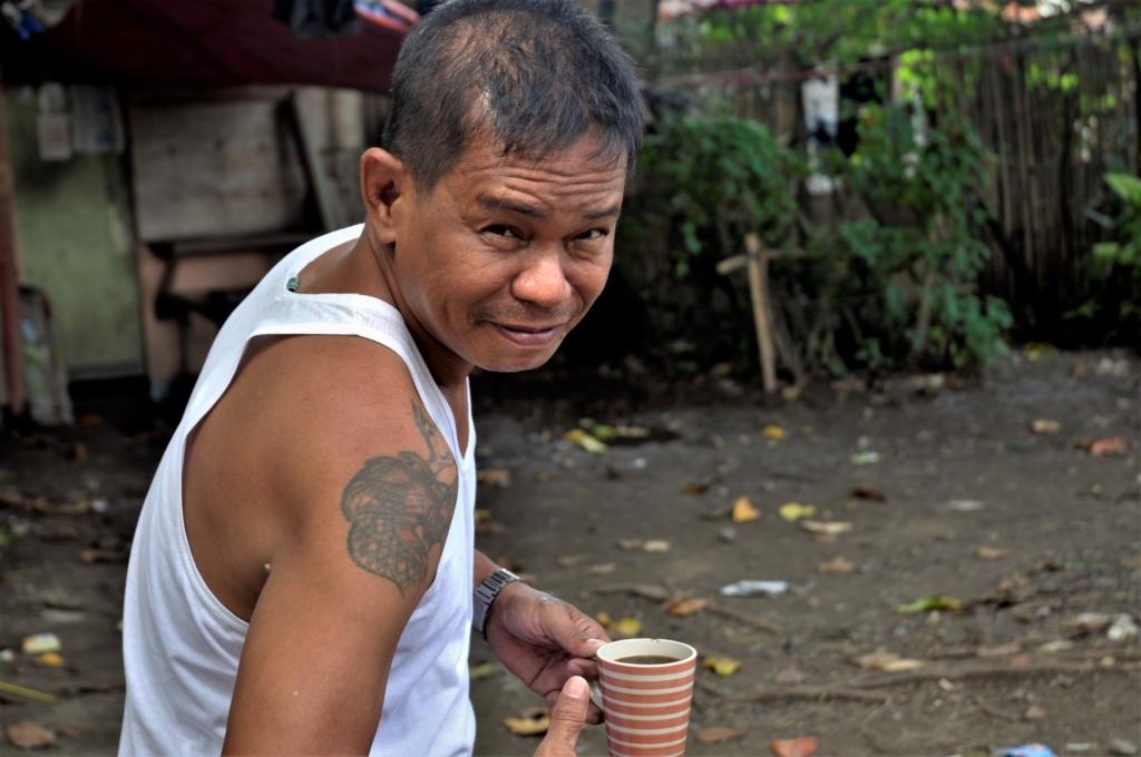 フィリピンに行く際には注意?タンバイと呼ばれる男達