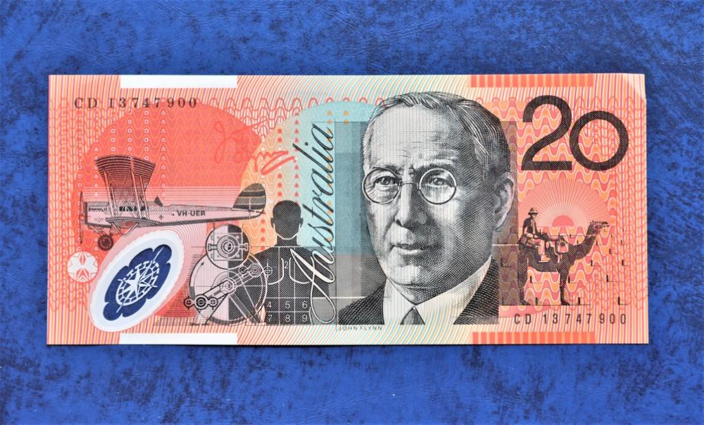 【2000円札を彷彿させる】オーストラリア20ドル札の微妙さがすごい【紙幣シリーズ】